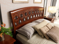 Кровать с резным изголовьем и изножьем Palazzo Ducale Ciliegio