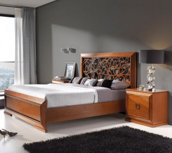 Кровать с резным изголовьем Mar