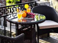 Плетеный стол круглый Warsaw темно-коричневый