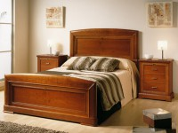 Кровать с деревянным изголовьем Marion